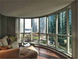 """Photo 2: 606 588 BROUGHTON Street in Vancouver: Coal Harbour Condo for sale in """"HARBOURSIDE PARK"""" (Vancouver West)  : MLS®# V929712"""