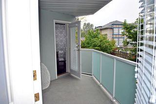 Photo 4: 209 13939 LAUREL Drive in Surrey: Whalley Condo for sale (North Surrey)  : MLS®# F1213183