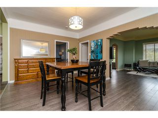 Photo 3: 235 9TH ST in New Westminster: Uptown NW House for sale : MLS®# V1008504