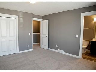 Photo 10: 452 Rainbow Falls Drive: Chestermere Townhouse for sale : MLS®# C3579282