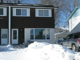 Main Photo: 124 Wiltshire Bay in WINNIPEG: Windsor Park / Southdale / Island Lakes Single Family Attached for sale (South East Winnipeg)  : MLS®# 1402967