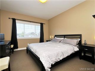 Photo 9: 1235 Clearwater Pl in VICTORIA: La Westhills House for sale (Langford)  : MLS®# 679781