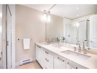 """Photo 12: 92 2501 161A Street in Surrey: Grandview Surrey Townhouse for sale in """"HIGHLAND PARK"""" (South Surrey White Rock)  : MLS®# F1421284"""