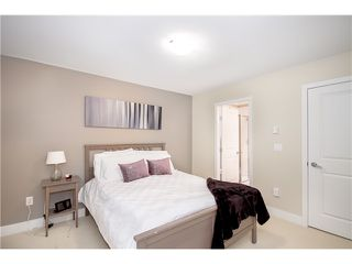 """Photo 11: 92 2501 161A Street in Surrey: Grandview Surrey Townhouse for sale in """"HIGHLAND PARK"""" (South Surrey White Rock)  : MLS®# F1421284"""