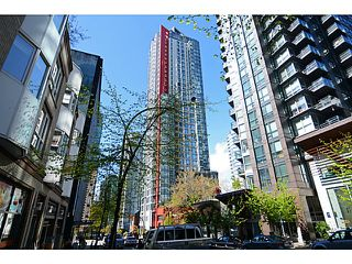 Photo 4: # 2504 1211 MELVILLE ST in Vancouver: Coal Harbour Condo for sale (Vancouver West)  : MLS®# V1118305