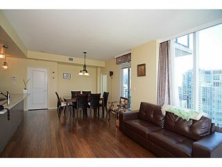 Photo 9: # 2504 1211 MELVILLE ST in Vancouver: Coal Harbour Condo for sale (Vancouver West)  : MLS®# V1118305