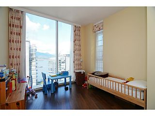 Photo 15: # 2504 1211 MELVILLE ST in Vancouver: Coal Harbour Condo for sale (Vancouver West)  : MLS®# V1118305
