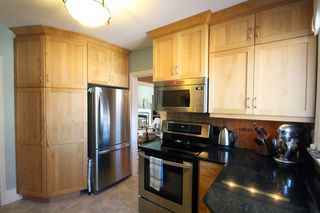 Photo 2: 73 Sunset Boulevard in Winnipeg: Elm Park Single Family Detached for sale (2C)  : MLS®# 1707415