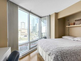 Photo 9: 701 1003 Burnaby in Vancouver: West End VW Condo for sale (Vancouver West)  : MLS®# R2153009