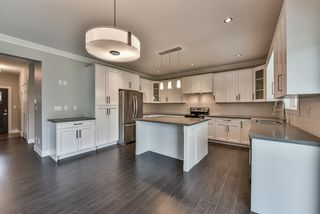 Photo 7: 3354 208 STREET in Langley: Brookswood Langley House for sale : MLS®# R2040355
