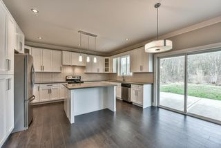 Photo 5: 3354 208 STREET in Langley: Brookswood Langley House for sale : MLS®# R2040355