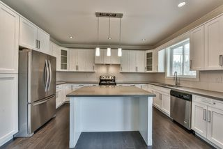 Photo 6: 3354 208 STREET in Langley: Brookswood Langley House for sale : MLS®# R2040355