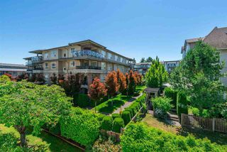 Photo 19: 305 15338 18 AVENUE in Surrey: King George Corridor Condo for sale (South Surrey White Rock)  : MLS®# R2288918