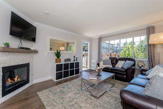 Photo 1: 305 15338 18 AVENUE in Surrey: King George Corridor Condo for sale (South Surrey White Rock)  : MLS®# R2288918