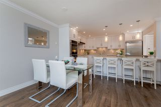 Photo 5: 305 15338 18 AVENUE in Surrey: King George Corridor Condo for sale (South Surrey White Rock)  : MLS®# R2288918