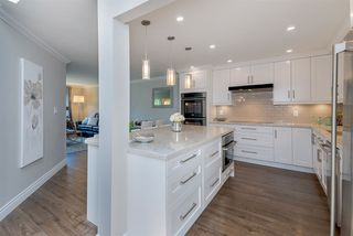 Photo 10: 305 15338 18 AVENUE in Surrey: King George Corridor Condo for sale (South Surrey White Rock)  : MLS®# R2288918
