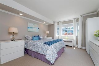 Photo 12: 305 15338 18 AVENUE in Surrey: King George Corridor Condo for sale (South Surrey White Rock)  : MLS®# R2288918
