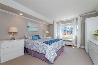 Photo 12: 305 15338 18 AVENUE in Surrey: King George Corridor Condo for sale (South Surrey White Rock)  : MLS®# R2288918