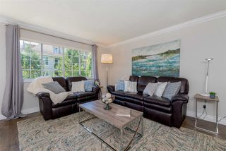 Photo 2: 305 15338 18 AVENUE in Surrey: King George Corridor Condo for sale (South Surrey White Rock)  : MLS®# R2288918