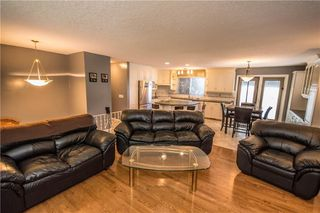 Photo 6: 515 WOODPARK CR SW in Calgary: Woodlands House for sale : MLS®# C4209473