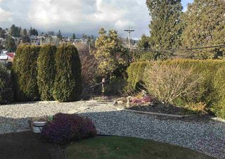 "Photo 14: 8 699 DOUGALL Road in Gibsons: Gibsons & Area Townhouse for sale in ""MARINA PLACE"" (Sunshine Coast)  : MLS®# R2392536"