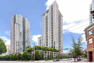 "Main Photo: 810 928 HOMER Street in Vancouver: Yaletown Condo for sale in ""Yaletown Park 1"" (Vancouver West)  : MLS®# R2424235"