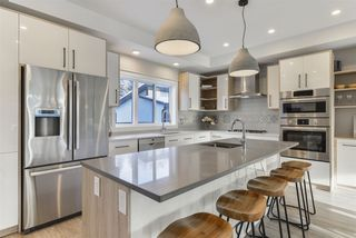 Photo 12: 7574B 110 Avenue NW in Edmonton: Zone 09 House for sale : MLS®# E4183526