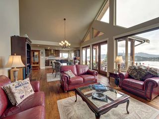 Main Photo: 541 ABBS Road in Gibsons: Gibsons & Area House for sale (Sunshine Coast)  : MLS®# R2436541