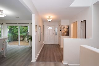 Photo 4: 68 SHORELINE Circle in Port Moody: College Park PM Townhouse for sale : MLS®# R2471712