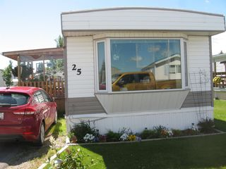 Photo 3: 5853 4 Street W: Claresholm Mobile for sale : MLS®# A1014806