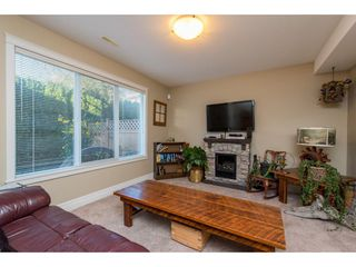 """Photo 8: 8 8945 BROADWAY Street in Chilliwack: Chilliwack E Young-Yale Townhouse for sale in """"Villas on Broadway"""" : MLS®# R2503750"""