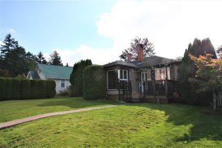 Photo 1: 33936 ELM Street in Abbotsford: Abbotsford East House for sale : MLS®# R2505455