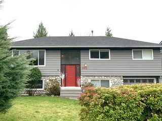 Photo 2: 885 E 16TH Street in North Vancouver: Boulevard House for sale : MLS®# R2518936