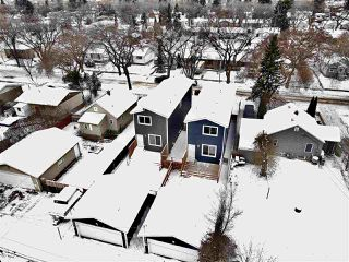 Photo 3: 12021 40 Street in Edmonton: Zone 23 House for sale : MLS®# E4221902