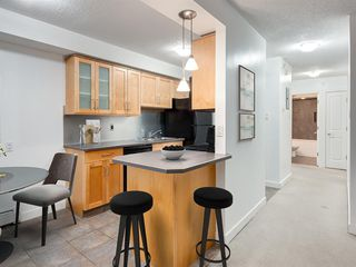 Photo 5: 503 605 14 Avenue SW in Calgary: Beltline Apartment for sale : MLS®# A1054376