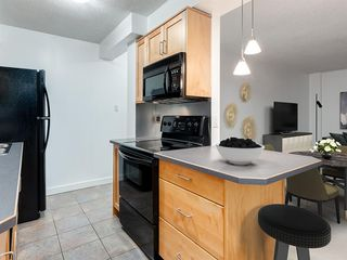 Photo 6: 503 605 14 Avenue SW in Calgary: Beltline Apartment for sale : MLS®# A1054376
