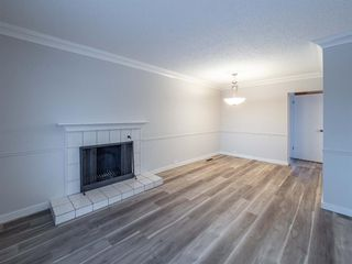 Photo 9: 1052 Thorneycroft drive NW in Calgary: Thorncliffe Detached for sale : MLS®# A1055288