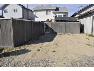 Photo 15: 663 ERIN WOODS Drive SE in CALGARY: Erinwoods Residential Detached Single Family for sale (Calgary)  : MLS®# C3539612