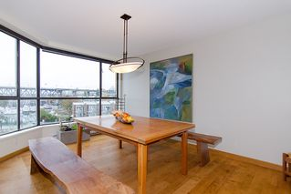 """Photo 12: 202 1490 PENNYFARTHING Drive in Vancouver: False Creek Condo for sale in """"HARBOUR COVE"""" (Vancouver West)  : MLS®# V977927"""