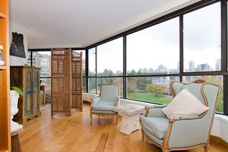 """Photo 8: 202 1490 PENNYFARTHING Drive in Vancouver: False Creek Condo for sale in """"HARBOUR COVE"""" (Vancouver West)  : MLS®# V977927"""