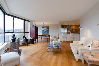 """Photo 6: 202 1490 PENNYFARTHING Drive in Vancouver: False Creek Condo for sale in """"HARBOUR COVE"""" (Vancouver West)  : MLS®# V977927"""