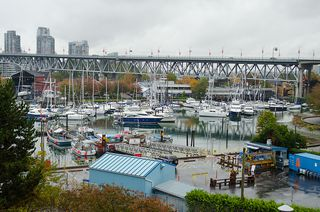"""Photo 4: 202 1490 PENNYFARTHING Drive in Vancouver: False Creek Condo for sale in """"HARBOUR COVE"""" (Vancouver West)  : MLS®# V977927"""