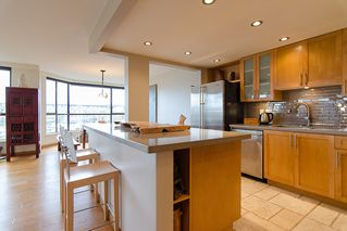 """Photo 20: 202 1490 PENNYFARTHING Drive in Vancouver: False Creek Condo for sale in """"HARBOUR COVE"""" (Vancouver West)  : MLS®# V977927"""