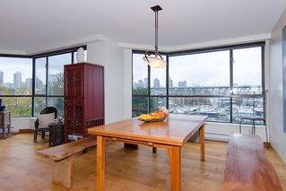 """Photo 13: 202 1490 PENNYFARTHING Drive in Vancouver: False Creek Condo for sale in """"HARBOUR COVE"""" (Vancouver West)  : MLS®# V977927"""