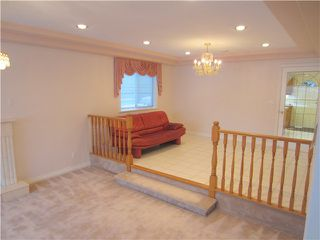 Photo 3: 6897 SUSSEX Avenue in Burnaby: Metrotown House for sale (Burnaby South)  : MLS®# V982963