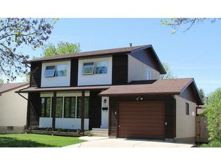 Photo 1: 121 Whitley Drive in WINNIPEG: St Vital Residential for sale (South East Winnipeg)  : MLS®# 1311297