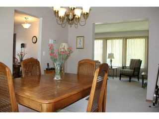 Photo 7: 121 Whitley Drive in WINNIPEG: St Vital Residential for sale (South East Winnipeg)  : MLS®# 1311297