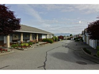 "Photo 18: 19 8889 212 Street in LANGLEY: Walnut Grove Townhouse for sale in ""GARDEN TERRACE"" (Langley)  : MLS®# F1313371"