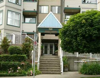 "Photo 2: 214 509 CARNARVON ST in New Westminster: Downtown NW Condo for sale in ""Hillside Place"" : MLS®# V597433"