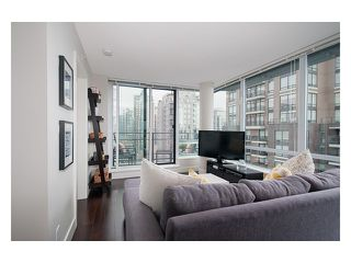 Photo 4: # 1807 1088 RICHARDS ST in Vancouver: Yaletown Condo for sale (Vancouver West)  : MLS®# V1055333